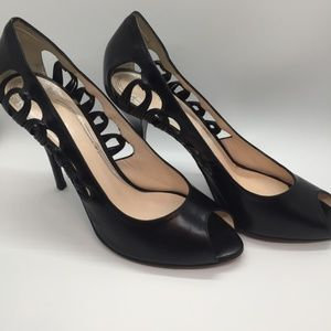 Elie Tahari Black Leather Pumps